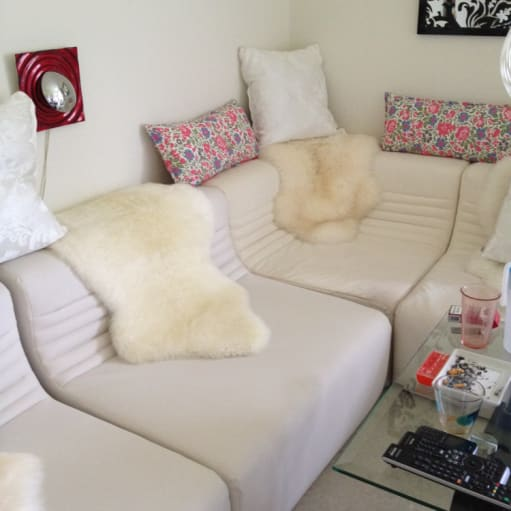 Mudol sofa.