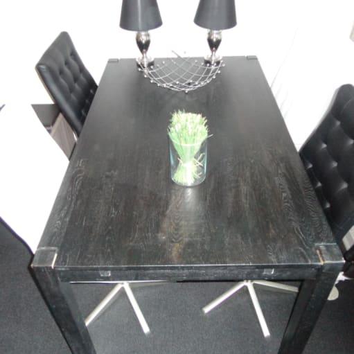 Spisebord og stole H:75, B85, L140