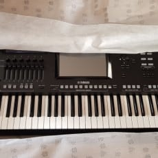 Yamaha Genos 76 Digital Workstation Keyboard