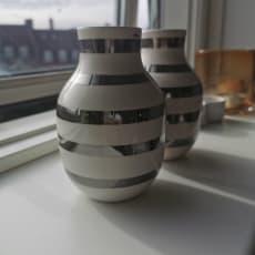 2 Kähler Ommagio vaser m. sølvstriber