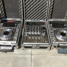 Pioneer DJ oprettet 2x CDJ2000 Nexus 1x DJM900 Mixer - Limited Edition Platinum