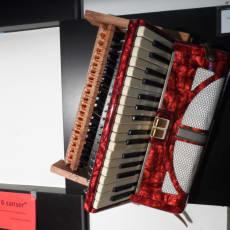 4stk selvspillende instrumenter – harmonika, lilletromme, xylofon, øve fløjte