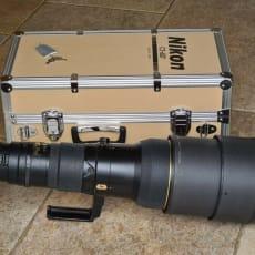Nikon 600mm F4 VR -objektiv med etui og tilbehør - fremragende stand
