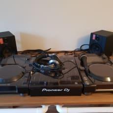 Pioneer - DJM900 NXS2 - 2 x CDJ2000NXS2 - HDJ2000MK2 Hovedtelefoner - BX2 højttalere