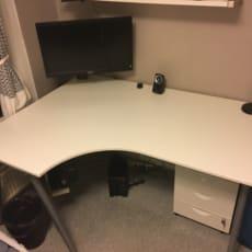 Praktisk Hjørneskrivebord