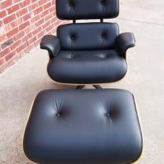 2000 Herman Miller Eames 670/671 lænestol & osmannisk - sort lædervalnød
