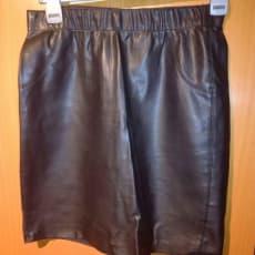 Sort nederdel str m 38 fra Vero Moda livvidde 2x38-43