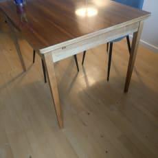 Retro spisebord det kan trækkes ud
