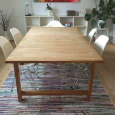 Spisebord i eg med tillægsplade