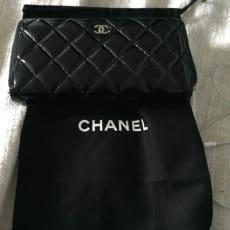 Chanel  pung sælges.