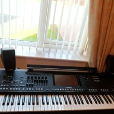 YAMAHA GENOS Tastatur