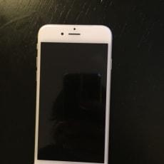 Helt ny IPhone 6, 16 GB sølv til salg.