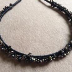 Hårbøjle med perler
