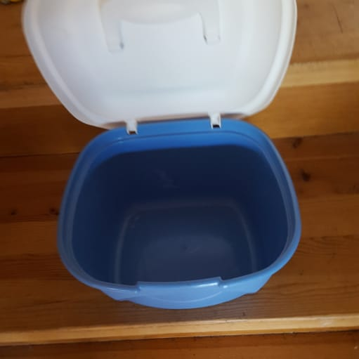 Tupperware pisker/blender og boks