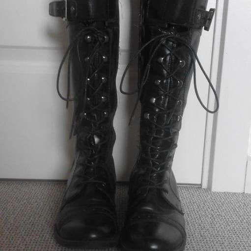 Lange sorte støvler str. 36