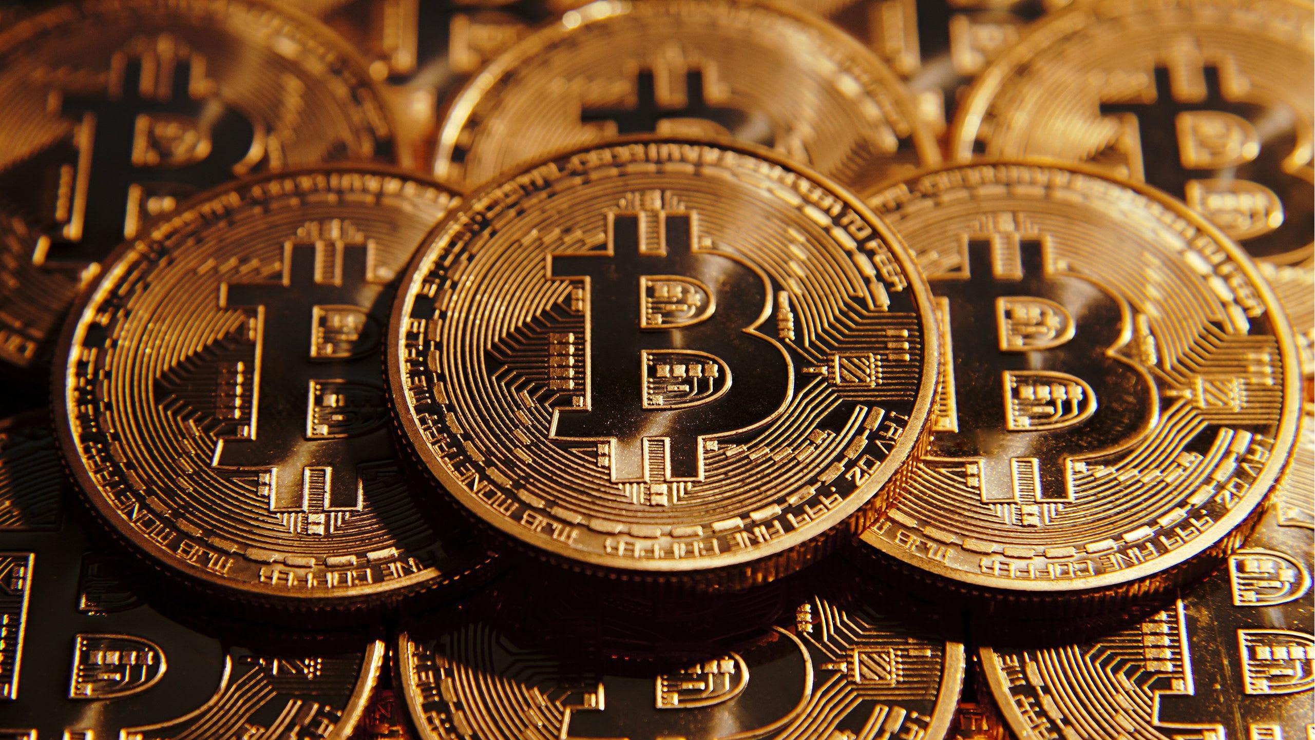 Блокчейн и криптовалюты. Учебные пособия и аналитические статьи про блокчейн и криптовалюты.