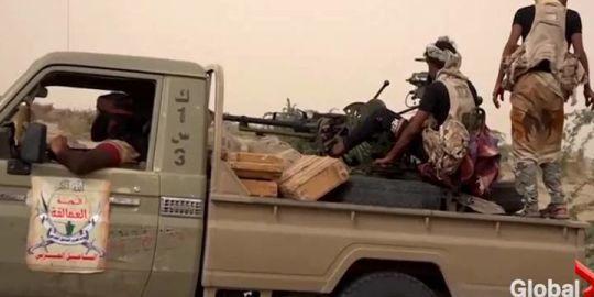 Saudi-led coalition keeps up Hodeidah assault before UN meeting