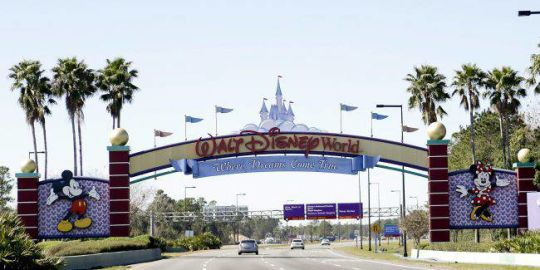 Florida man charged with threatening mass shooting at Disney World