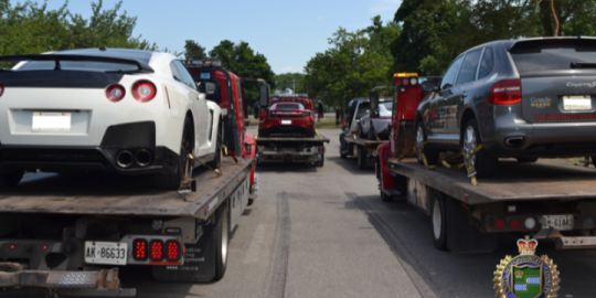 VIP tour of Niagara cut short as police stop 6 luxury cars, seize 4 in speed trap
