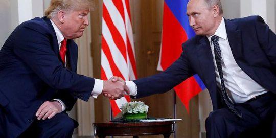Senators in disbelief as Donald Trump backs Putin on election meddling, saying 'shameful moment' for U.S.