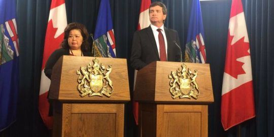 Province 'very sorry' for cleaning up Alberta plane wreckage without warning families