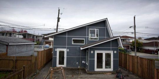 Vancouver laneway house bylaw changes to be heard at public hearing