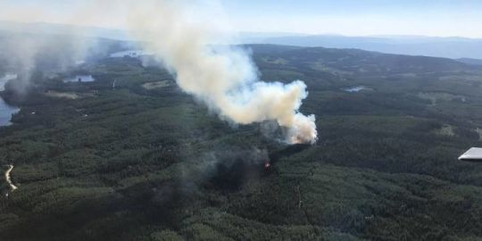 Dee Lake Road fire now 70 per cent contained