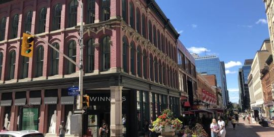 City and NCC open storefront offering information on Sparks Street renewal