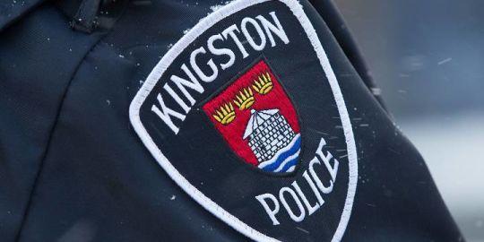 Man threatens police officer with machete, hammer: Kingston police