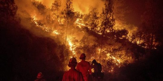 6th firefighter killed battling California wildfires