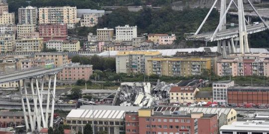 Toronto students travelling by train 'just missed' deadly bridge collapse in Genoa, Italy
