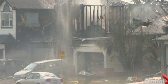 Cooking oil started fire that destroyed 3 Calgary homes, damaged 2 others