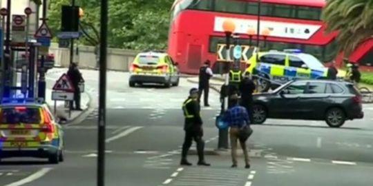 Լոնդոնում մարդկանց վրաերթի ենթարկած տղամարդուն կալանավորել են սպանության փորձի համար