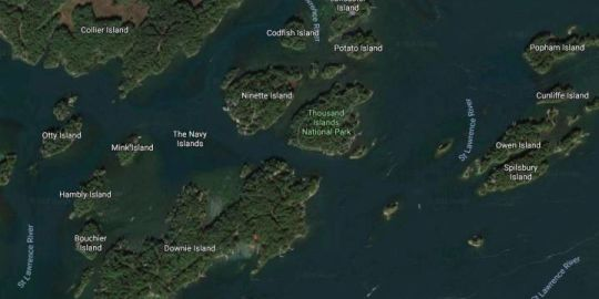 Small aircraft crashes in Thousand Islands: OPP