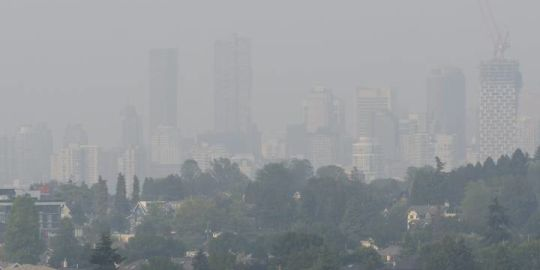 Wildfire haze clears from Metro Vancouver, but blue skies won't last