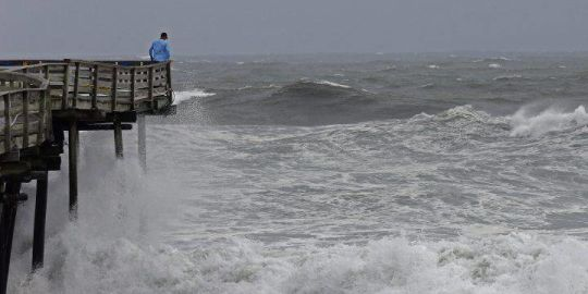 'Ignore the category': Hurricane Florence threatens to kill with water, not wind
