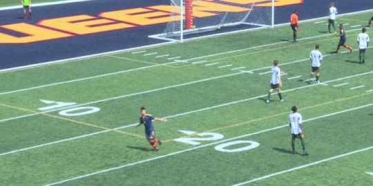 Queen's Gaels forced to forfeit first soccer game after athletic behaviour violation