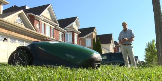 Technology takes lawn care to new level in Durham