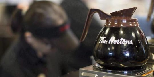 Tim Hortons reaches deal with Alberta franchisee after 4 locations seized