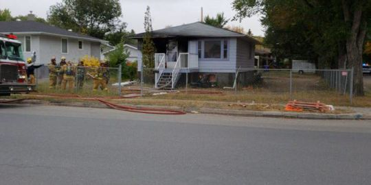 Fire breaks out at Regina home Friday morning