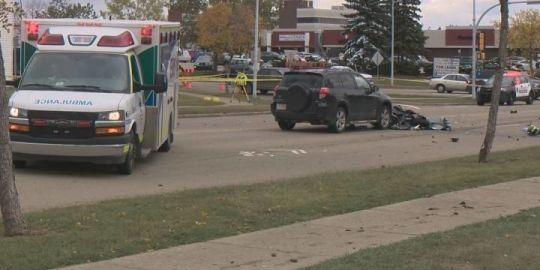 Fatal collision shuts down Mill Woods Road in southeast Edmonton