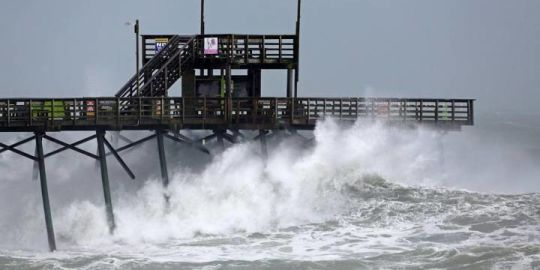 Florence downgraded to tropical storm after at least 4 people killed: NHC