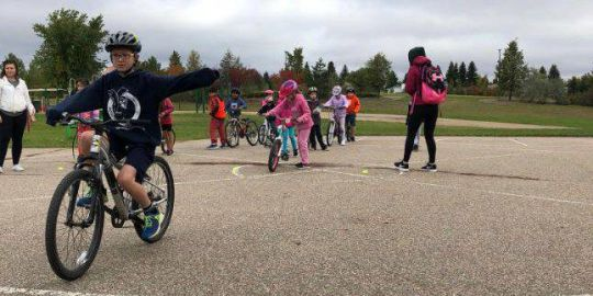 Saskatoon Public Schools encouraging kids to get active with 'Move to Grow' campaign