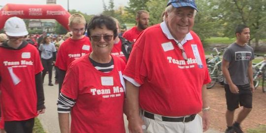 Show of solidarity and love, more than 150 people join 'Team Mark' at Winnipeg Terry Fox Run
