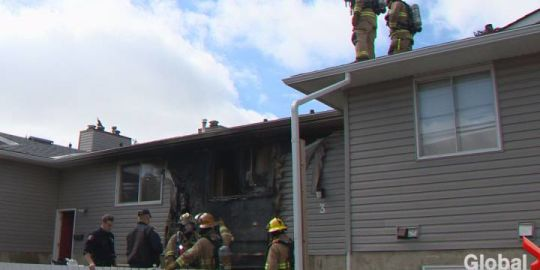 Family of 6 displaced after fire in southeast Calgary