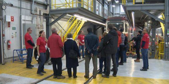 Inside the garage: Calgarians learn about CTrain maintenance