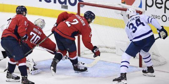 Matthews extends goal streak as Toronto Maple Leafs beat Washington Capitals 4-2