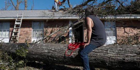 Hurricane Michael devastated neighbourhoods, but some residents have nowhere to go