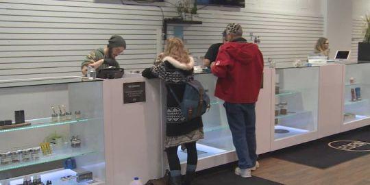Smoking deals at some Okanagan marijuana dispensaries