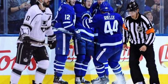 Kapanen scores twice, Sparks makes 33 saves as Leafs down Kings 4-1